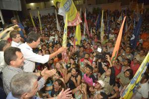 Uma multidão compareceu ao comício de Camilo, Izolda e Mauro em Morada Nova