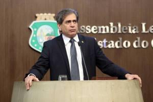 Zezinho renovou seu compromisso de, como deputado, dar continuidade ao trabalho - Foto: Máximo Moura